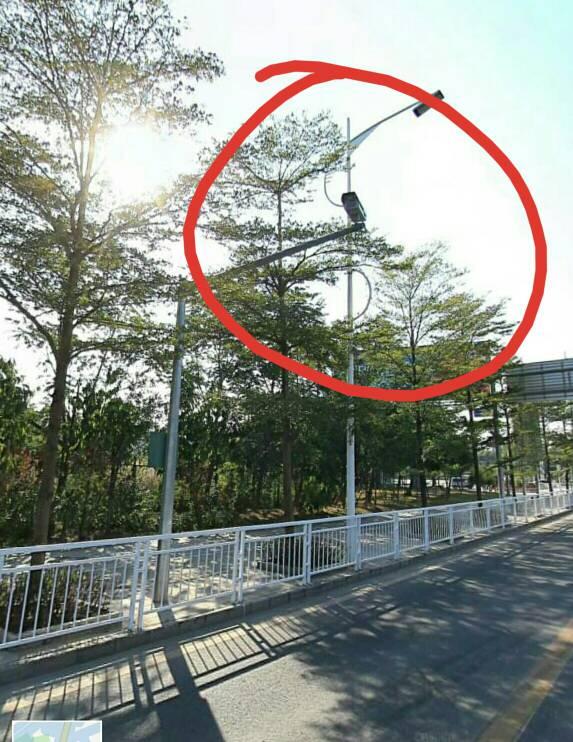 红绿灯路口这种摄像头是拍什么的?