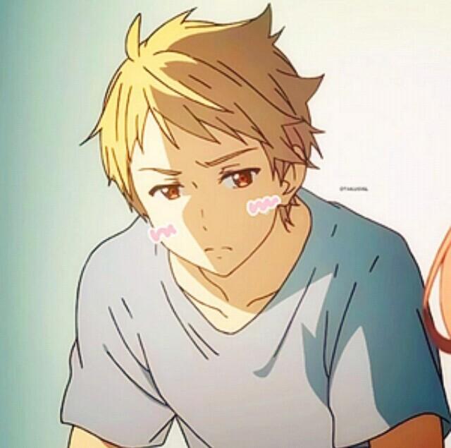 这个黄色头发的日本动漫人物在哪部动漫里啊?