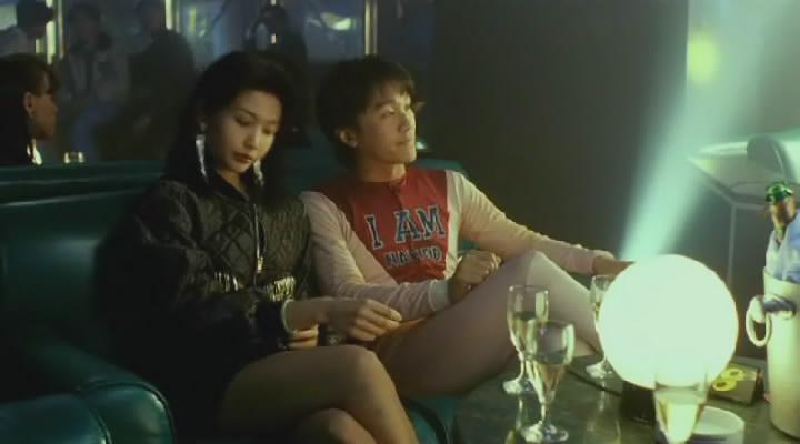 是王晶执导,周星驰,刘德华,关之琳,邱淑贞,吴孟达主演的一部爱情喜剧