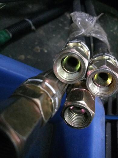 2016-03-19   最佳答案 高压油管,液压油管; 高压油管接头,对丝接头.图片