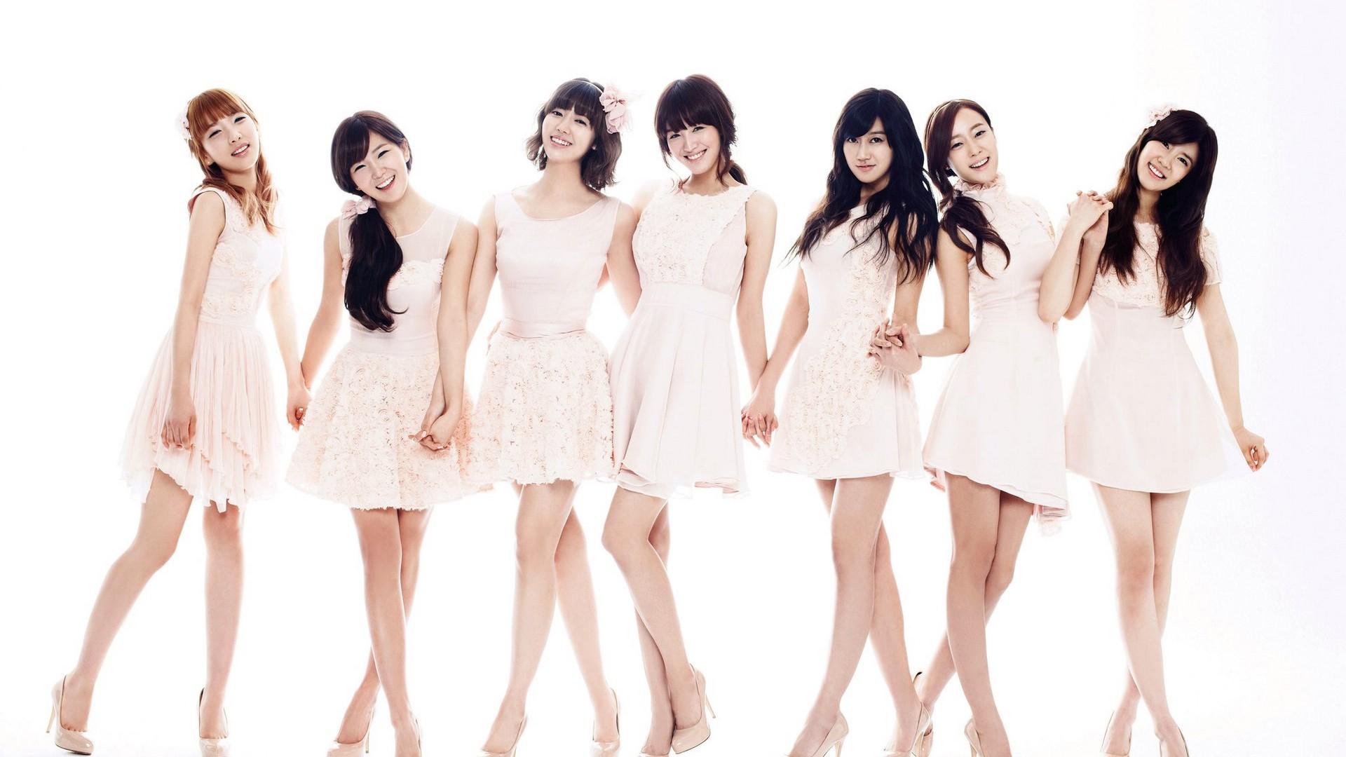 谁知道这个韩国女团组合名字?