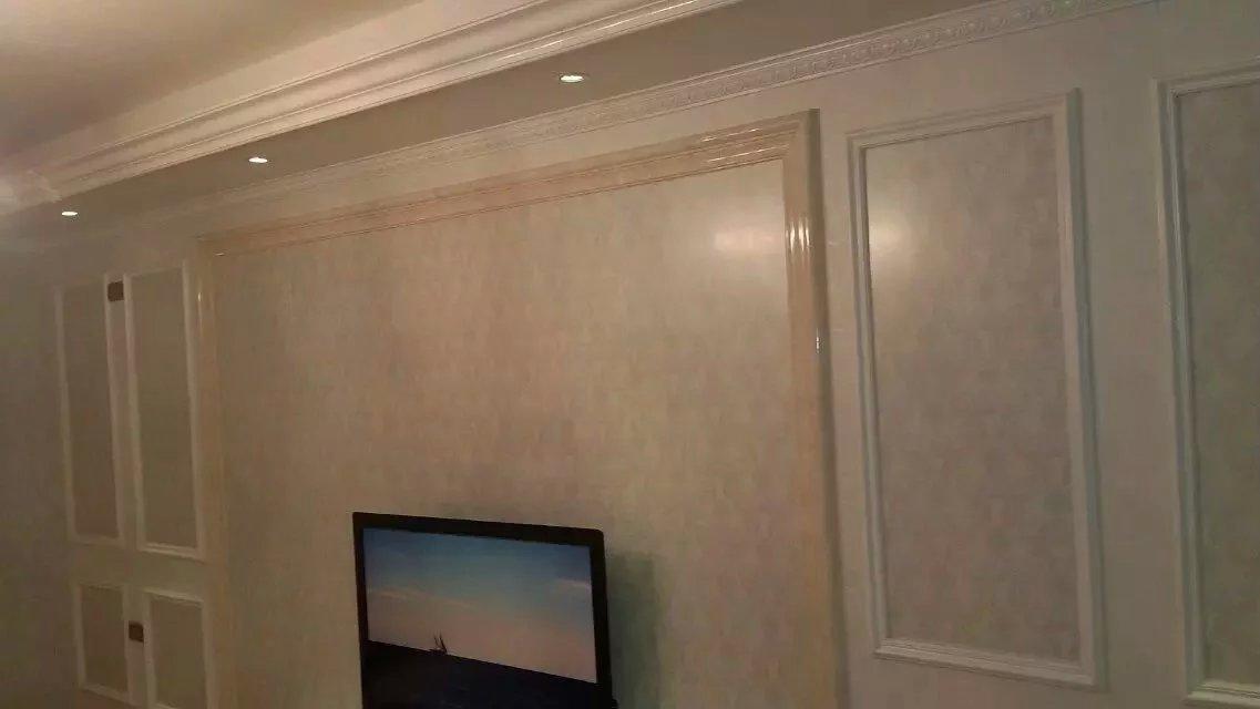 可以用带彩绘的集成墙面做背景,3d效果图片
