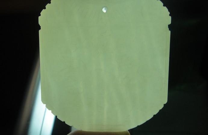 请看看和田玉透光结构图
