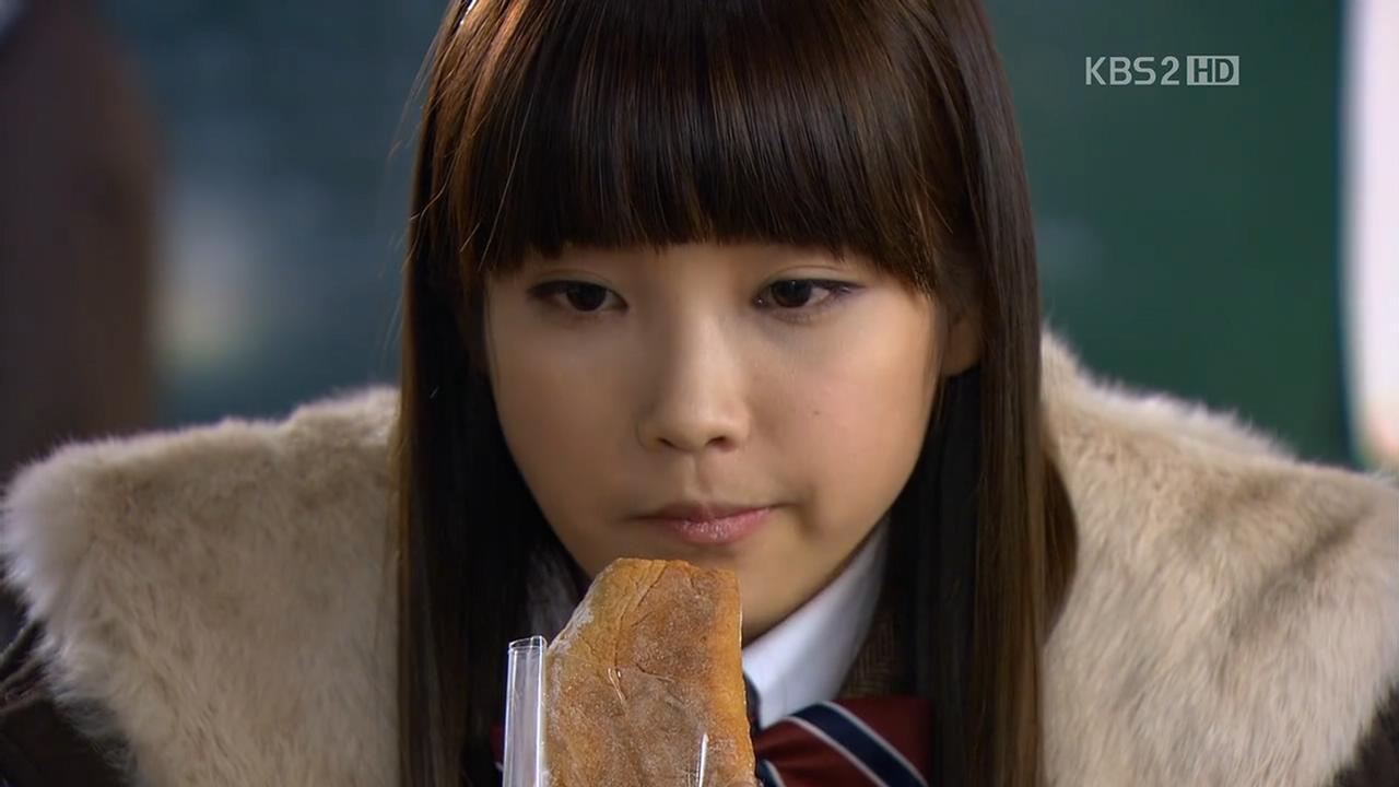 为什么韩国电视剧《最佳李纯信》更新得那么慢啊?好几