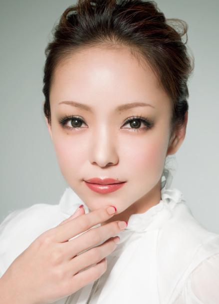 安室奈美惠这张照片的口红是什么牌子