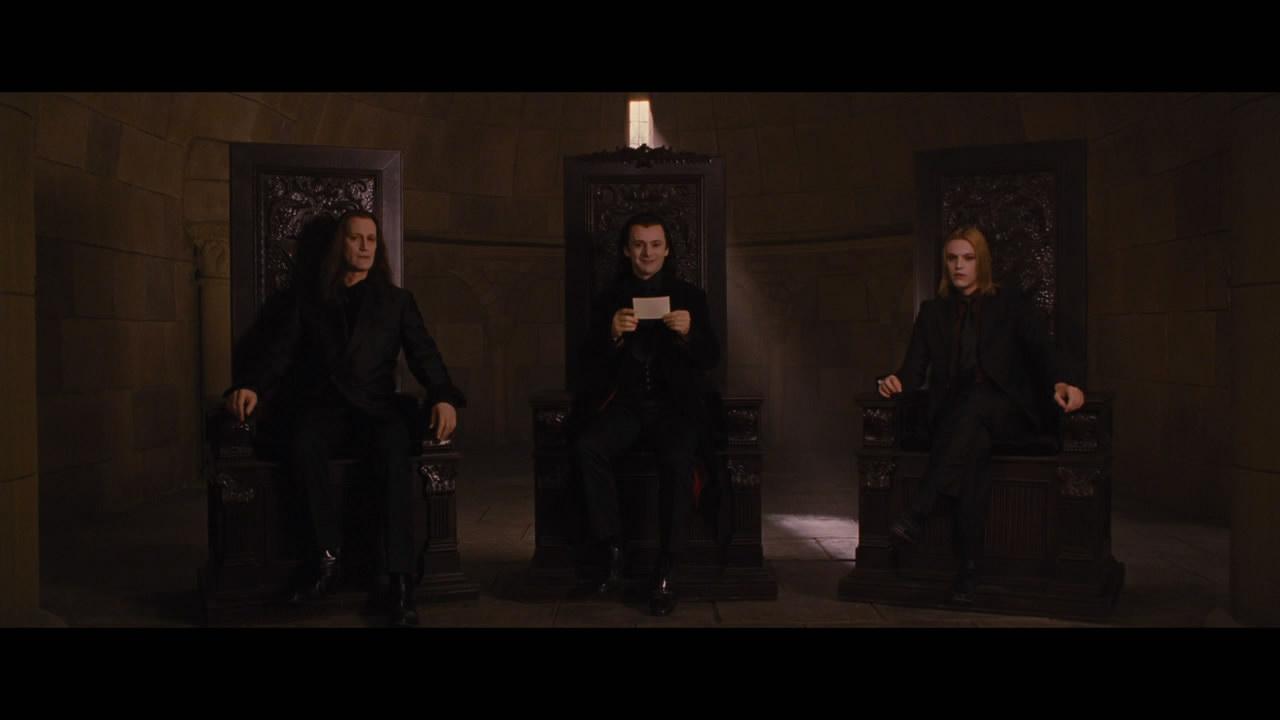 沃尔图里吸血鬼高中aro或是其他两位坐在家族上上的那种男生大图座位力气高清图片