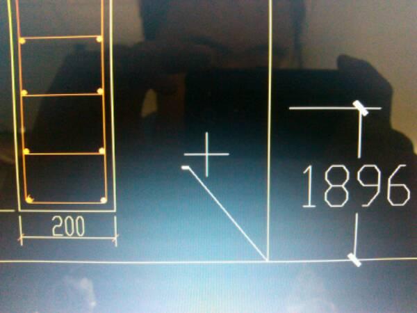 用CAD2007标注坐标(我有插件标注坐标),但是cad上框哪图的在带图片