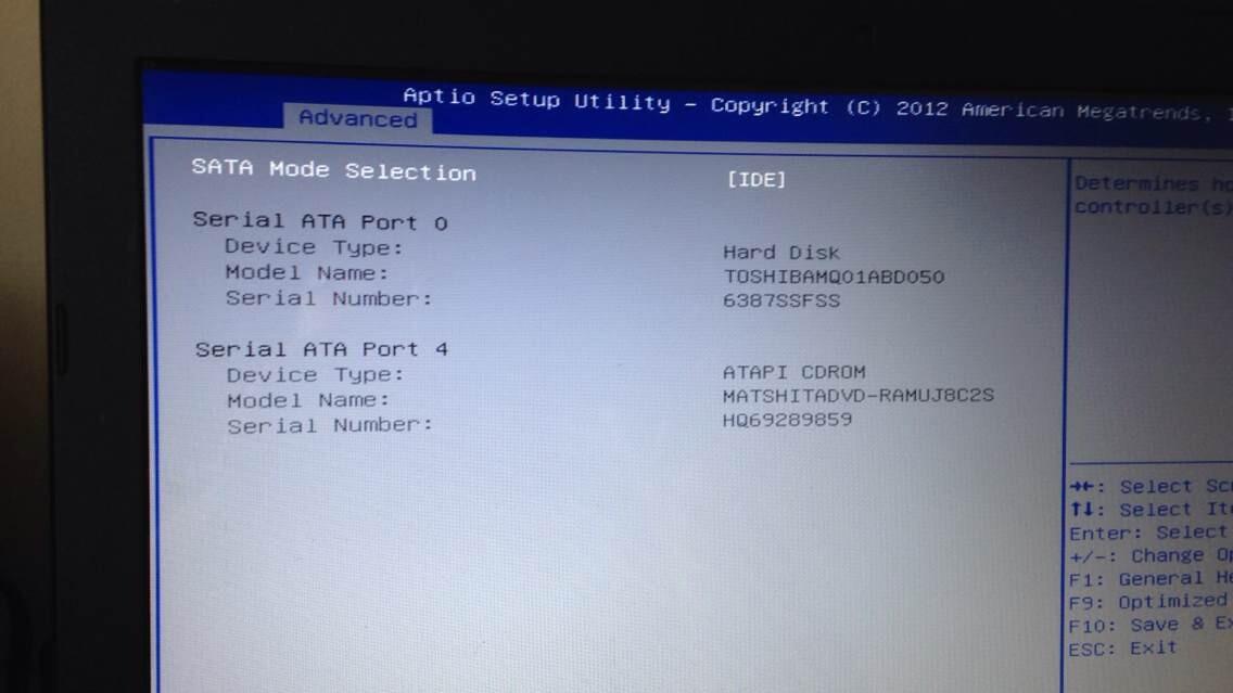 华硕笔记本电脑装xp系统时出现蓝屏!