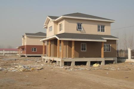 轻钢墙体采用别墅的化解屋脊,存在形式?大门别墅房对缺点_怎样复合图片