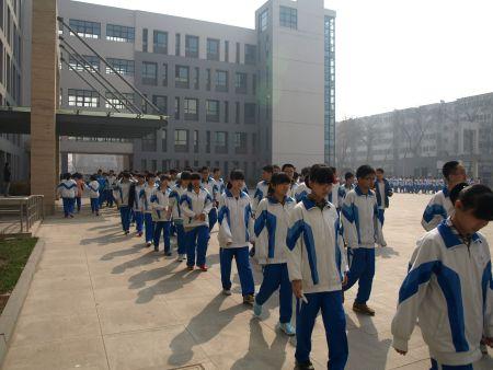 学校初中:南京市浦口区浦园路5号地址作文你懂图片