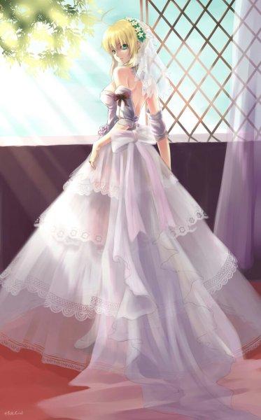 求动漫女生身着婚纱的图片,手绘也可以
