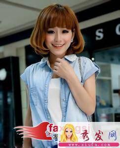 要齐刘海中短发内扣的女生发型图片 越多越好图片