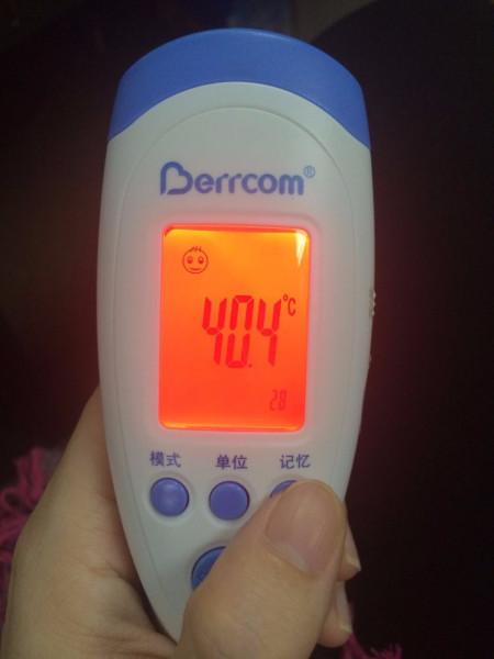 高烧40体温计实拍图片