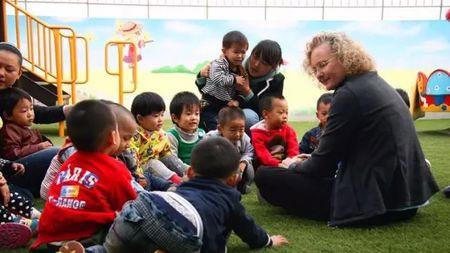 怎样培养优秀的双语儿童?的头图