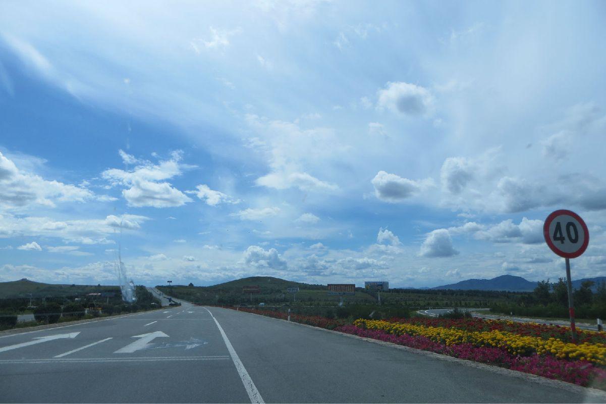 路上的风景图片