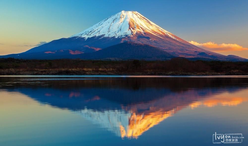"""尤其是被誉为日本象征的""""富士山"""""""
