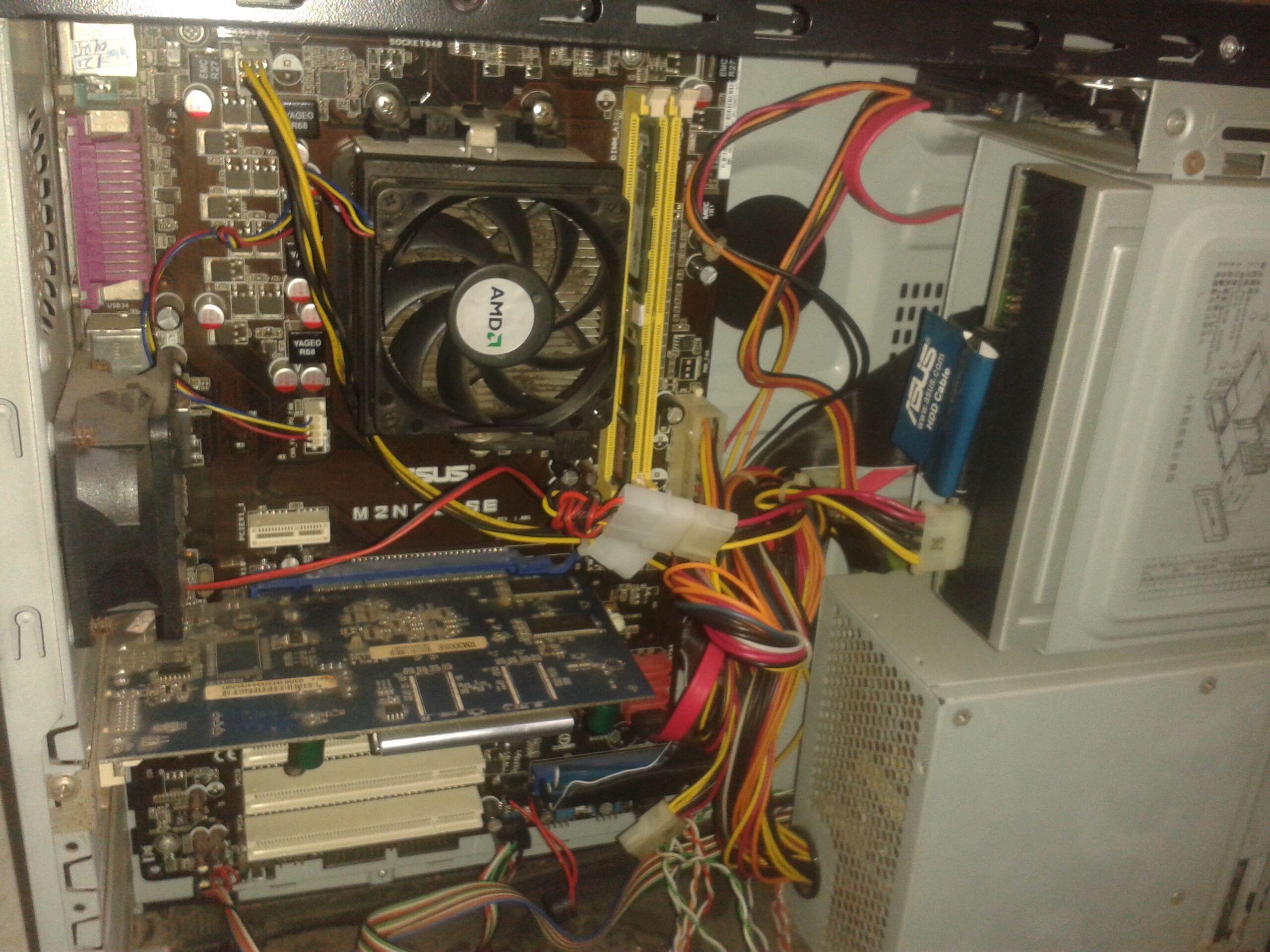 开机就能检测到新硬盘,这样你就可以把硬盘里的东西复制到新主机硬盘图片
