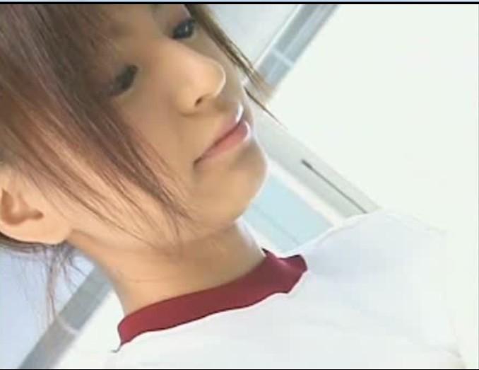 日本av女忧裸体图_求一部片名或女主角名字