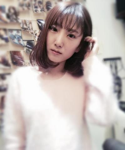 不烫不染的短发发型 平常不用怎么打理的那种 本人额头较高 女生图片
