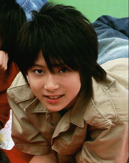 20 13岁左右的 可爱点 帅的都可以  注意 13岁左右的 都好丑哦 我要