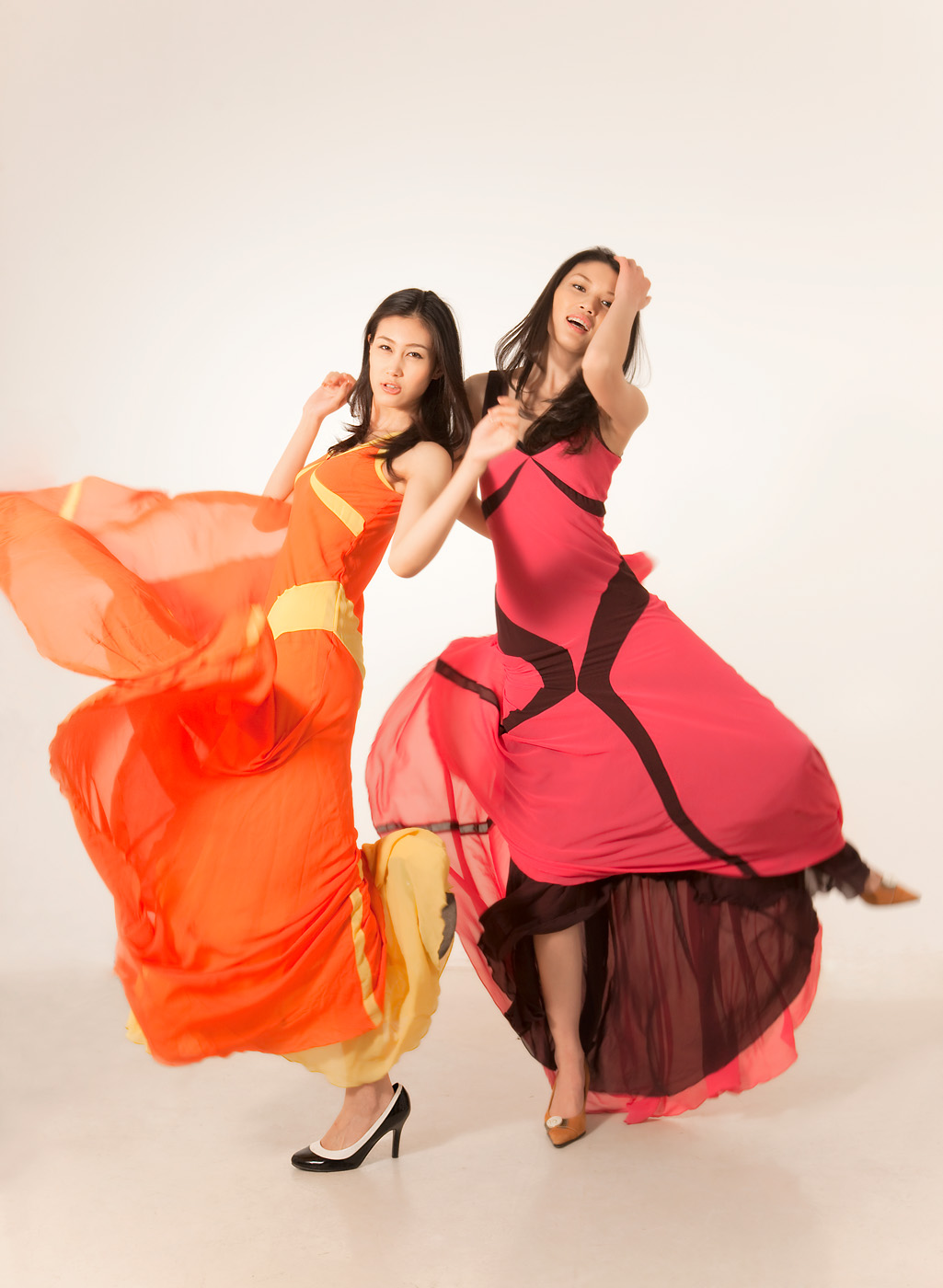 中国职业模特  2005年出道2007年cctv电视模特大赛亚军.
