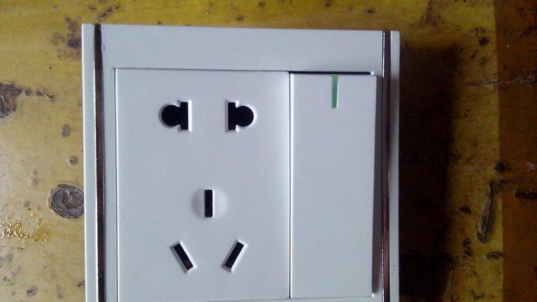 一开五孔插座如何接线