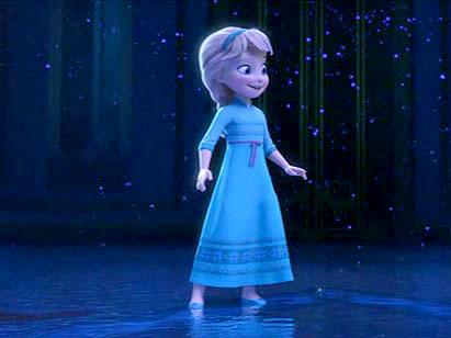 冰雪奇缘艾莎小时候的图片.