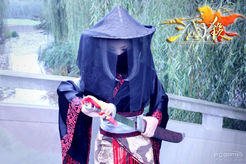 """求一张""""古代女子穿斗篷的背影照."""" 不能是清朝,是长发"""