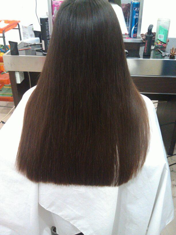 一,一般做造型前,都是要先洗头发,而且洗头是必要的步骤,只有将