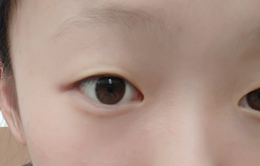 这样的单眼皮 怎么画眼线好看