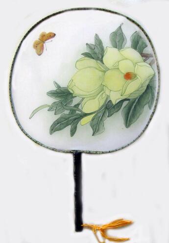 在圆形的扇子上适合画什么东西?求图片水墨画的话尽量