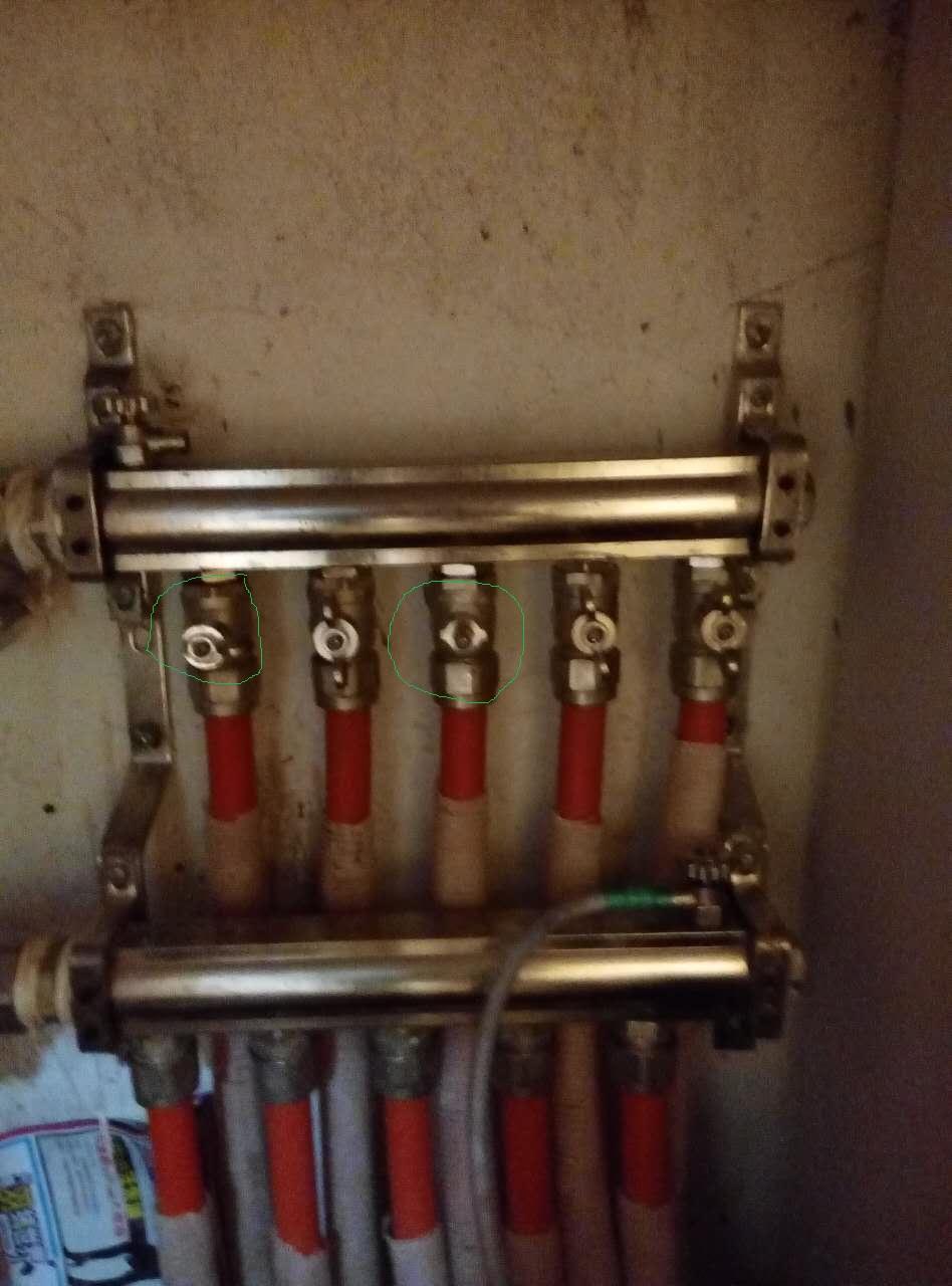 地热分水器阀门被掰断了怎么办?图片
