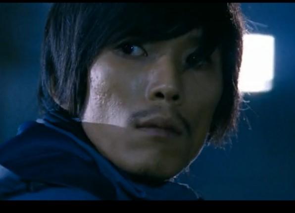 韩国电影《新世界》《不当交易》中  他都是扮演杀手 不知道他叫什么