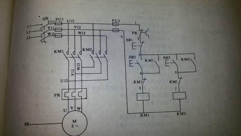 三相电前进后退停止开关有接线图吗