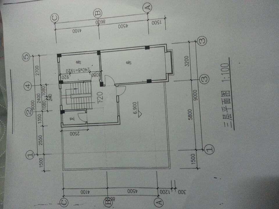 家里要盖新房子,画里幅设计图,但是还要考虑很多问题图片
