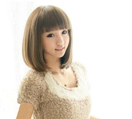 女生20岁,剪短发,不烫不染好打理,什么发型好图片