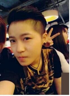 16岁男生短头发什么发型好看要两旁都剃光的,不要经常图片
