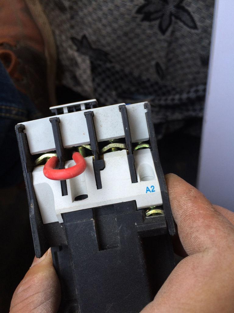 这个接触器怎么接线