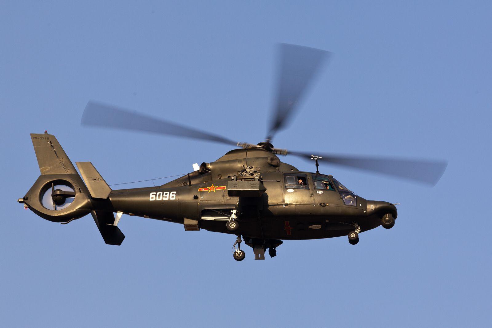 抽愈9.'z(�9.l��j_中国的z-10武装直升机续航能力是无副油箱也是5小时挂载副油箱是7小时