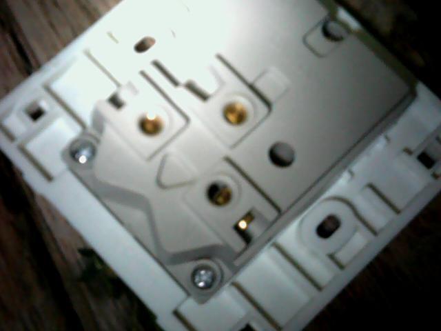 七孔插座接线图 怎样连