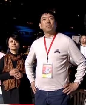 好声音最后一场抢镜头的,是梁博的父亲么?
