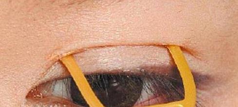 双眼皮胶水怎么用图解