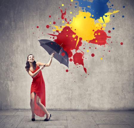 求图,打雨伞的女孩,要唯美点的,最好是红伞黑衣