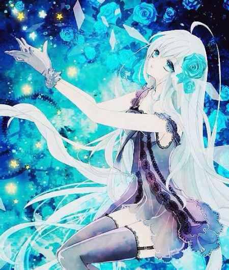 高冷一点的,不要萌;冰蓝色头发蓝瞳动漫少女;紫发红瞳,成熟一点,像个