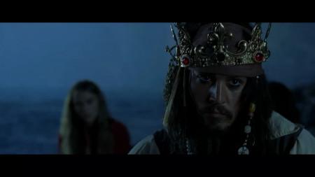求加勒比海盗1杰克船长带皇冠的高清图片,我想画张素描画求成全