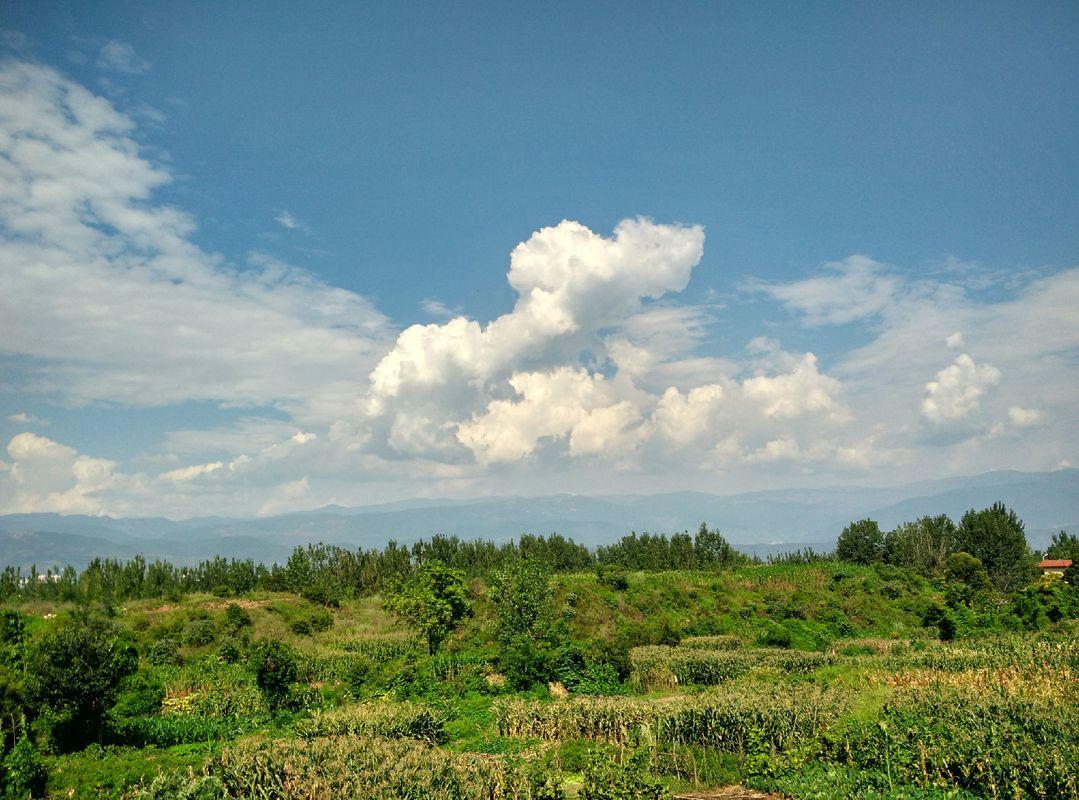 西昌的云朵是最美的风景图片
