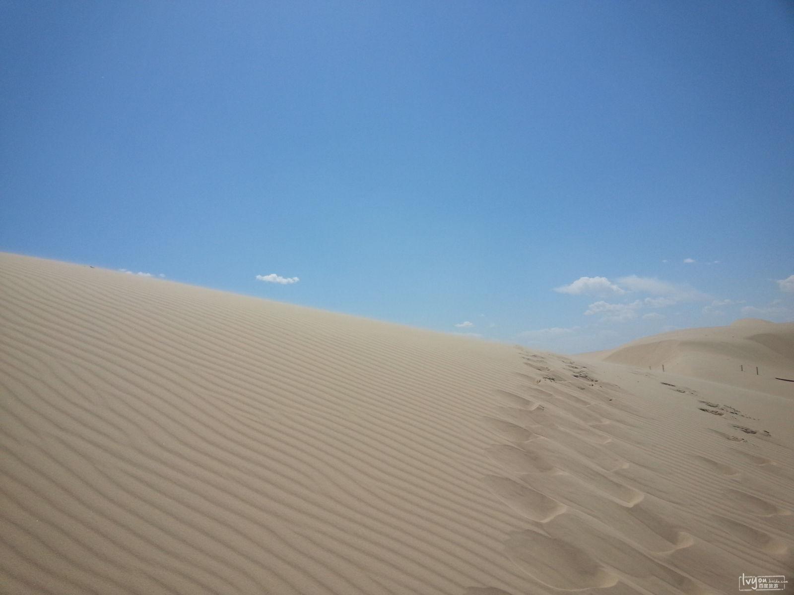 市库伦旗塔敏查干沙漠游记  内蒙古塔敏查干沙漠·银湾沙漠旅游风景区
