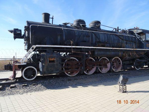 [2图]火车头广场 很古老的火车头,很有历史价值.