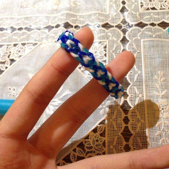 橡皮筋手链有几种编法