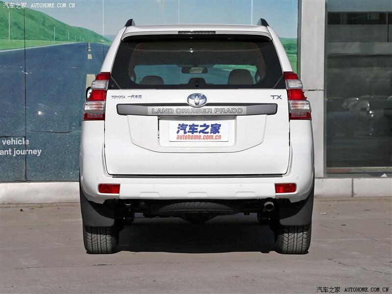那款车型叫做 丰田霸道 是什么标志或什么字母?都有多大排量的?